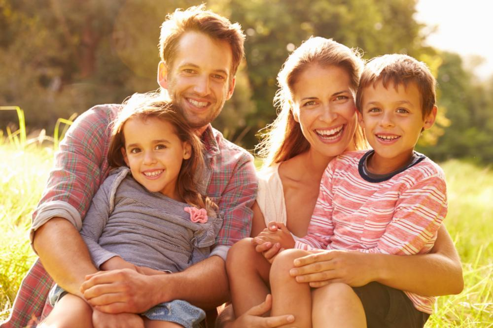 Smiling Family | Fairfax VA Dentist